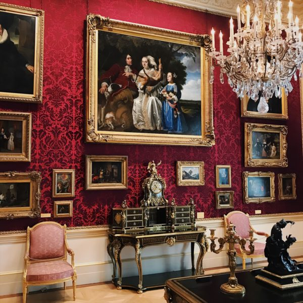Wallace collection, art collector, art collection, baroque, barroco, more is more, art layers, decadence,