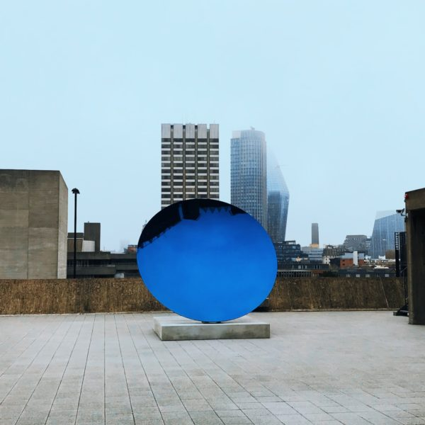 anish kapoor sky mirror, space shifters, art blog, art blogger, london art scene, blue morror,